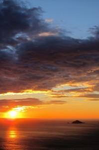 Il Tinetto e il Tino al tramonto da Montemarcello   (2013)   (foto Giorgio Pagano)