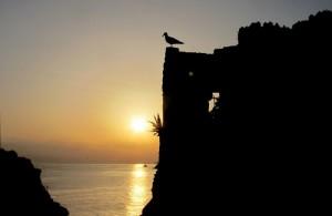"""Portovenere, tramonto al Castello, mostra """"Landscape"""", a cura del Gruppo Fotografico Obiettivo Spezia, Fiascherino - Hotel Ristorante Rosa dei Venti, 10 luglio-31 ottobre 2014 (2013) (foto Giorgio Pagano)"""