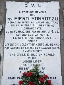 Sesta Godano, Chiusola, lapide a Piero Borrotzu, Medaglia d'Oro della Resistenza (2014)   (foto Giorgio Pagano)