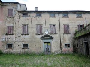 Varese Ligure, Porciorasco, il Palazzo Gotelli, dal 27 dicembre 1944 sede del comando della IV Zona operativa (2014) (foto Giorgio Pagano)