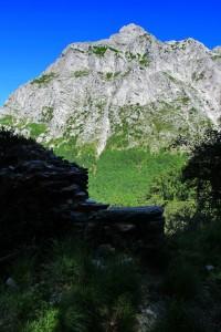 Alpi Apuane, il monte Corchia (2013)    (foto Giorgio Pagano)