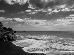"""""""Spiaggia di Punta Corvo"""", mostra fotografica """"Il mare, la sua  vita, il suo contesto"""", Lerici, Circolo della vela Erix, 19-28 settembre 2014   (2014)   (foto Giorgio Pagano)"""