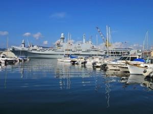 La Spezia, cantiere del Muggiano, la portaerei Cavour (2011)  (foto Giorgio Pagano)