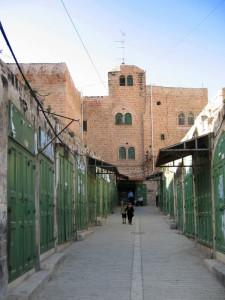 Palestina, Hebron, Shuhada Street    (2007)    (foto Giorgio Pagano)