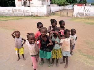 Sao Tomé e Principe, Neves, bambini (2015) (foto Giorgio Pagano)
