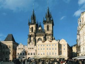 Praga, Piazza della Città Vecchia, 2005 (foto Giorgio Pagano)