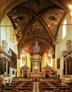 Interno del Santuario di Nostra Signora delle Grazie (2004) (foto Luca Fregoso)