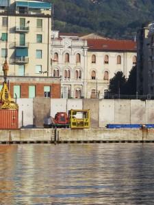 L Ospedale Sant Andrea visto dal mare (2011) (foto Giorgio Pagano)